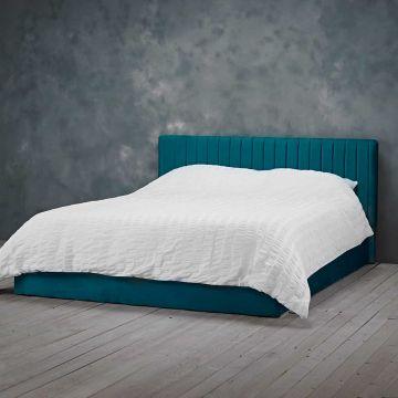 Berlin Ottoman Velvet Bed
